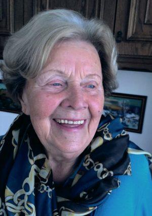 Portrait von Elfriede Tomani